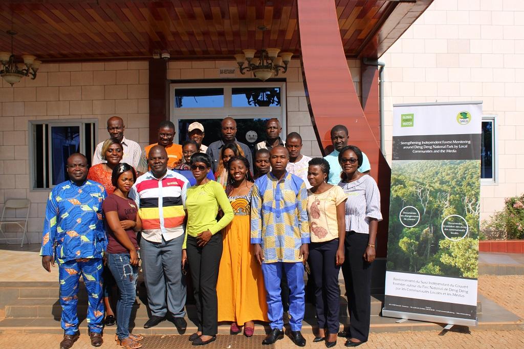 Journalistes et communautés se forment à l'utilisation des outils de suivi du couvert forestier